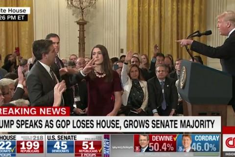 Beyaz Saray, basın toplantılarında ABD Başkanı Trump yönetimine karşı yönelttiği sert sorularla tanınan CNN televizyonu muhabiri Jim Acosta'nın basın kartını askıya aldı.