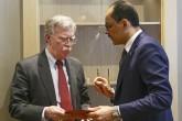 8 Ocak 2019   Cumhurbaşkanlığı Sözcüsü İbrahim Kalın (sağda) başkanlığındaki Türk heyeti ile Beyaz Saray Ulusal Güvenlik Danışmanı John Bolton (solda) başkanlığındaki ABD heyeti, Cumhurbaşkanlığı Külliyesi'nde bir araya geldi. (AA)