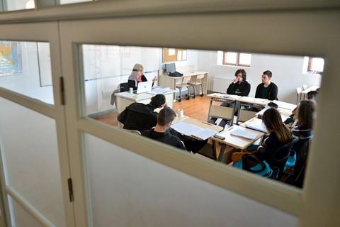 Öğretmen ve öğrenciler değerlendirme toplantısında