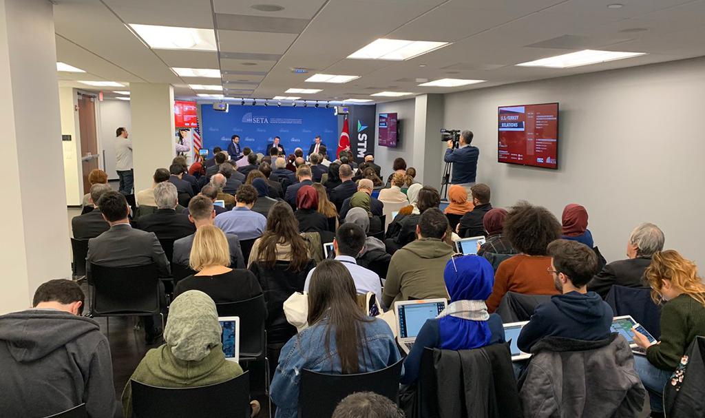 """Siyaset, Ekonomi ve Toplum Araştırmaları Vakfı Washington Ofisinin (SETA DC) düzenlediği """"ABD-Türkiye Savunma ve Stratejik Ortaklık"""" başlıklı panel"""