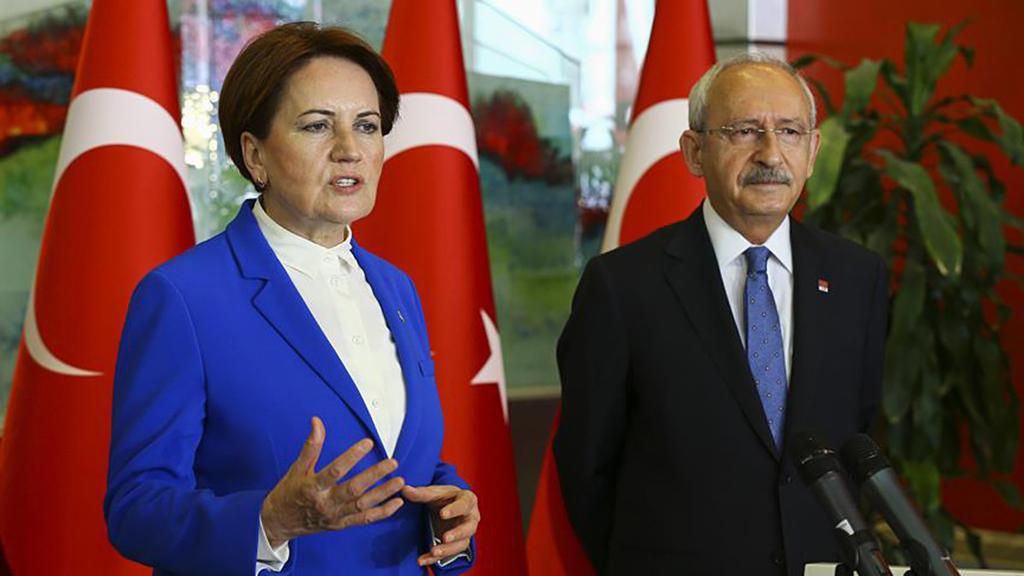 İYİ Parti Genel Başkanı Meral Akşener ve CHP Genel Başkanı Kemal Kılıçdaroğlu