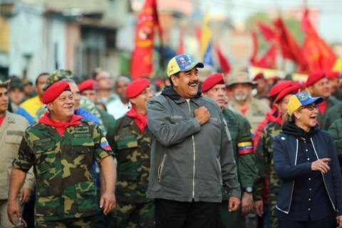4 Şubat 2019 | Başarısız 4 Şubat 1992 darbe girişiminin yıldönümünde, Cumhurbaşkanı Maduro, hayatı pahasına Venezüella'ya herhangi bir müdahaleye izin vermeyeceğini söyledi. (AA)