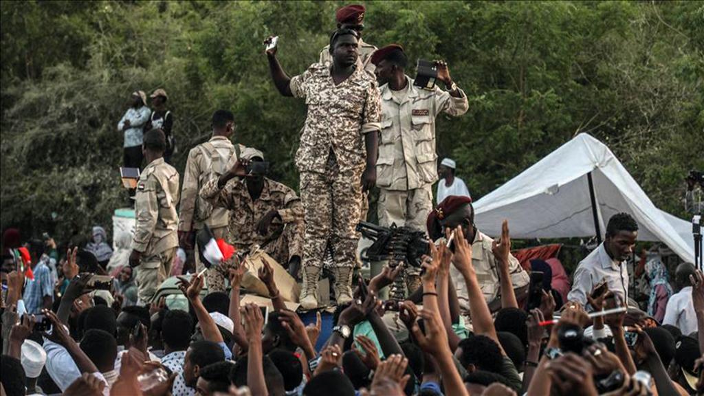 Sudan ve Cezayir'de Değişimin Serencamı