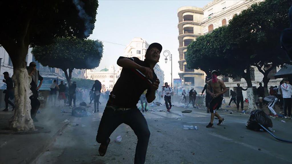 Ortadoğu'da Protestolar ve Ordu