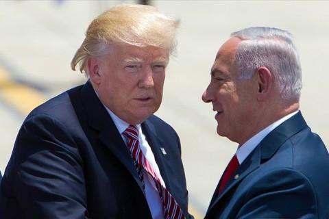 ABD Başkanı Donald Trump (solda) ve İsrail Başbakanı Benyamin Netanyahu (sağda).