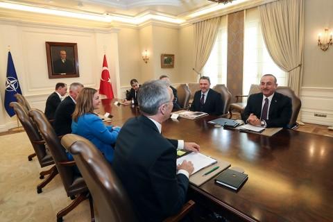 6 Mayıs 2019 | Dışişleri Bakanı Mevlüt Çavuşoğlu (sağda), NATO Genel Sekreteri Jens Stoltenberg (solda) ile bir araya geldi.