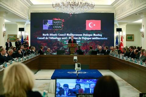 6 Mayıs 2019 | Türkiye Cumhurbaşkanı Recep Tayyip Erdoğan, NATO Konseyi ve NATO Akdeniz Diyaloğu Ortakları Toplantısı'na katılarak konuşma yaptı.