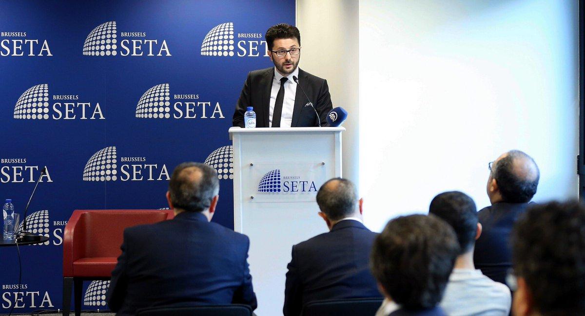 SETA Brüksel Koordinatörü Enes Bayraklı