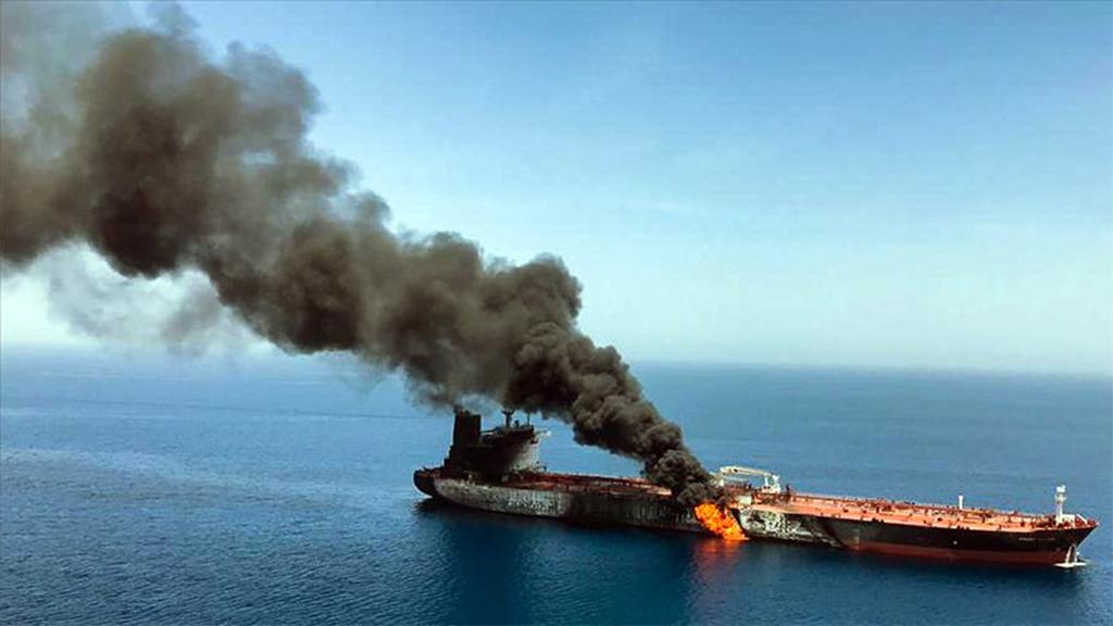 Umman Körfezi'ndeki Tanker Saldırılarının Hedefi ne?