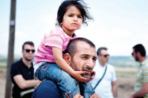 Suriyeli sığınmacı baba ve kızı