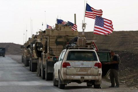 21 Ekim 2019 | Suriye'den çekilen ABD askerlerini taşıyan yaklaşık 100 zırhlı araç Irak'a ulaştı. (AA)