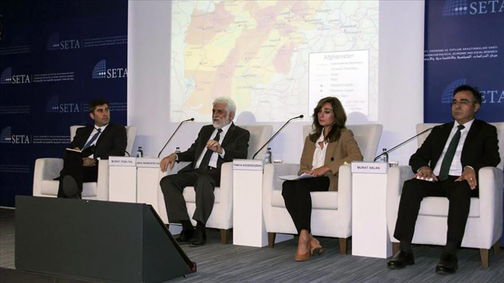 """Siyaset, Ekonomi ve Toplum Araştırmaları Vakfı (SETA) """"Geçiş Sürecinde Afganistan: Afganistan ve Ötesi için Yansımalar"""" başlıklı panel düzenlendi."""