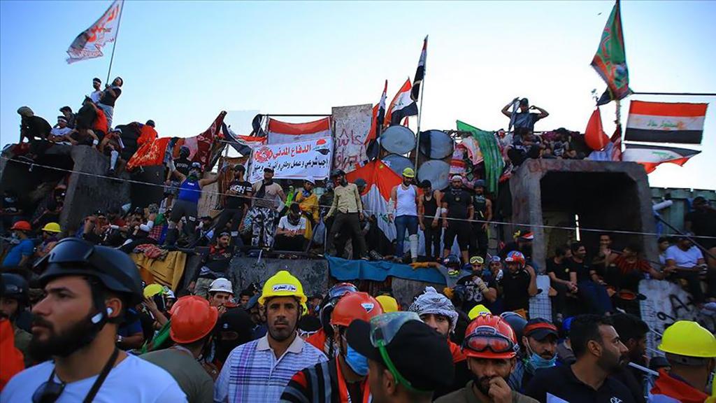 Irak ve Lübnan'da Mezhepçi / Etnik Siyaset Tıkandı