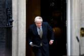 13 Aralık 2019 | İngiltere'de 650 seçim bölgesinde sonuçların belli olmasının ardından, Buckingham Sarayı'na giderek Kraliçe 2. Elizabeth'ten hükümeti kurma görevini alan Başbakan Boris Johnson (fotoğrafta), Başbakanlık Ofisi 10 Numara önünde açıklama yaptı.