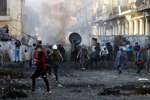 Irak'ta sokak göstericileri