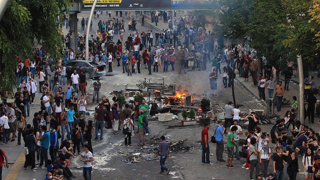 """Bir """"Aydınlanma Hareketi"""" Olarak Gezi!"""
