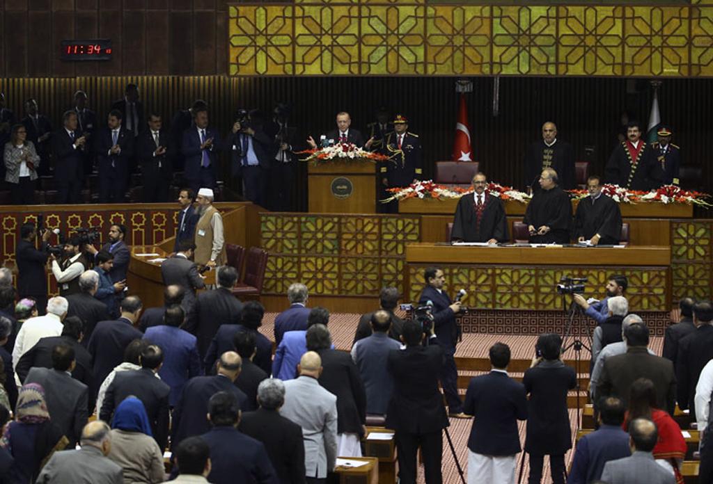 14 Şubat 2020 | Cumhurbaşkanı Recep Tayyip Erdoğan, Pakistan Parlamentosu'nda gerçekleştirilen Ulusal Meclis ve Senato ortak oturumunda konuştu.