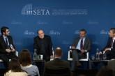 """11 Şubat 2020   Siyaset, Ekonomi ve Toplum Araştırmaları Vakfı Washington Ofisince (SETA DC) düzenlenen """"Trump'ın Yüzyılın Anlaşması"""" başlıklı panele, Orta Doğu Enstitüsü Filistin ve Filistin-İsrail İlişkileri Program Direktörü Khaled Elgindy, araştırmacı-yazar Mark Perry, SETA DC Koordinatörü Kadir Üstün konuşmacı olarak katıldı. Panelin moderatörlüğünü de SETA DC Misafir Araştırmacısı Hasan Yücel yaptı."""