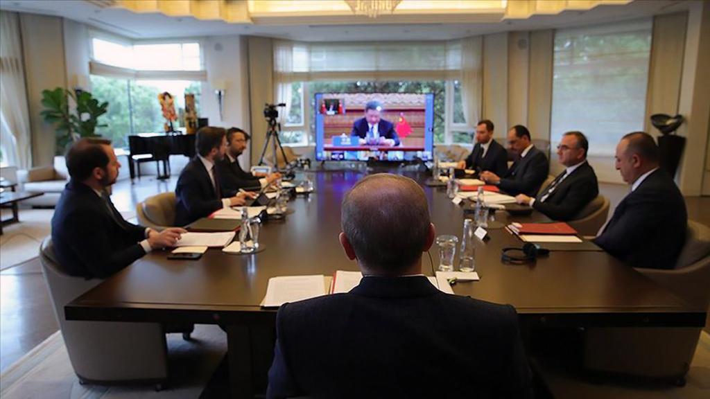26 Mart 2020 | Cumhurbaşkanı Erdoğan, yeni tip koronavirüs gündemiyle toplanan G20 Liderler Olağanüstü Zirvesi'ne video konferans yöntemiyle katıldı.