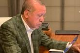 13 Nisan 2020 | İletişim Başkanı Fahrettin Altun, Türkiye Cumhurbaşkanı Recep Tayyip Erdoğan'ın Huber Ofisi'nde bilgisayar başında çalışırken çekilmiş fotoğrafını sosyal medyada paylaştı.
