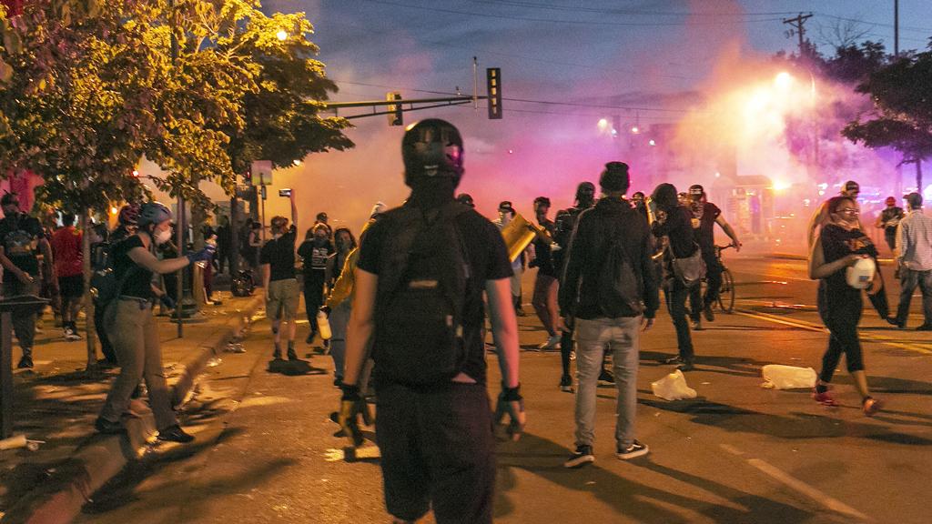 28 Mayıs 2020, Minneapolis | George Floyd'un polis tarafından öldürülmesinin ardından ABD ülke çapında sokak olaylarına ve yağmalamalara sahne oldu.