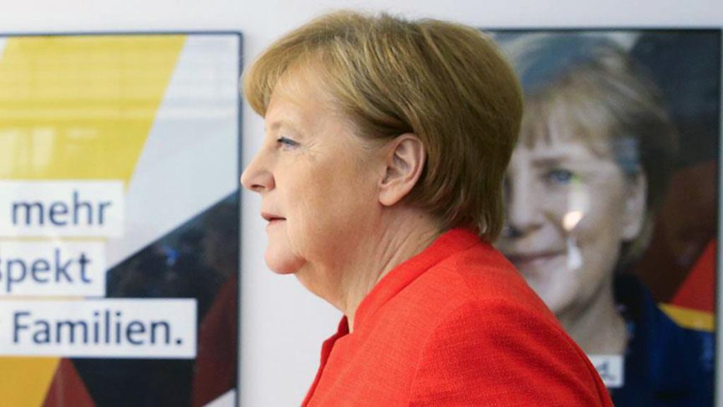 Merkel, Macron ve Miçotakis'i İkna Edebilir mi?