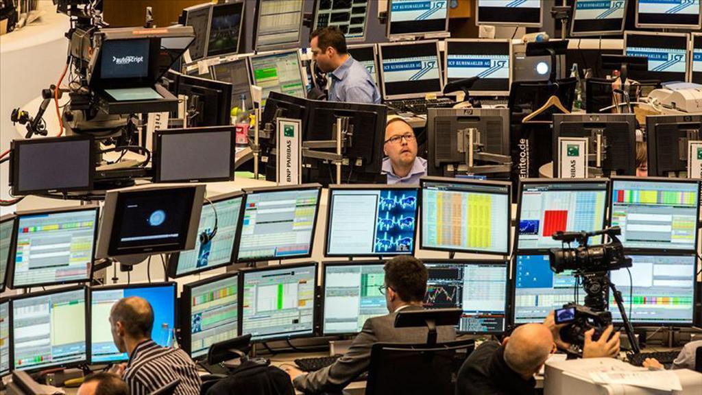 Küresel Ekonomi Kovid-19 Mücadelesini 2022'de Kazanacak