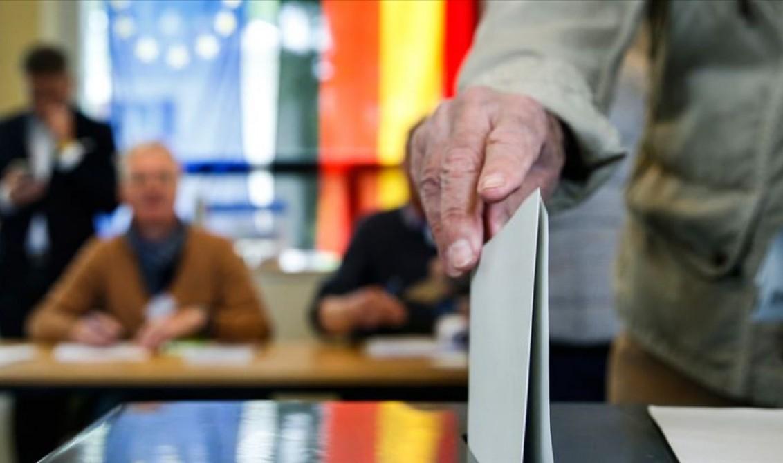 Koronavirüs Salgını Sürecinde CDU ve Şansölye Adaylığı için Artan Rekabet