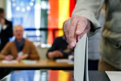 Perspektif: Koronavirüs Salgını Sürecinde CDU ve Şansölye Adaylığı için Artan Rekabet