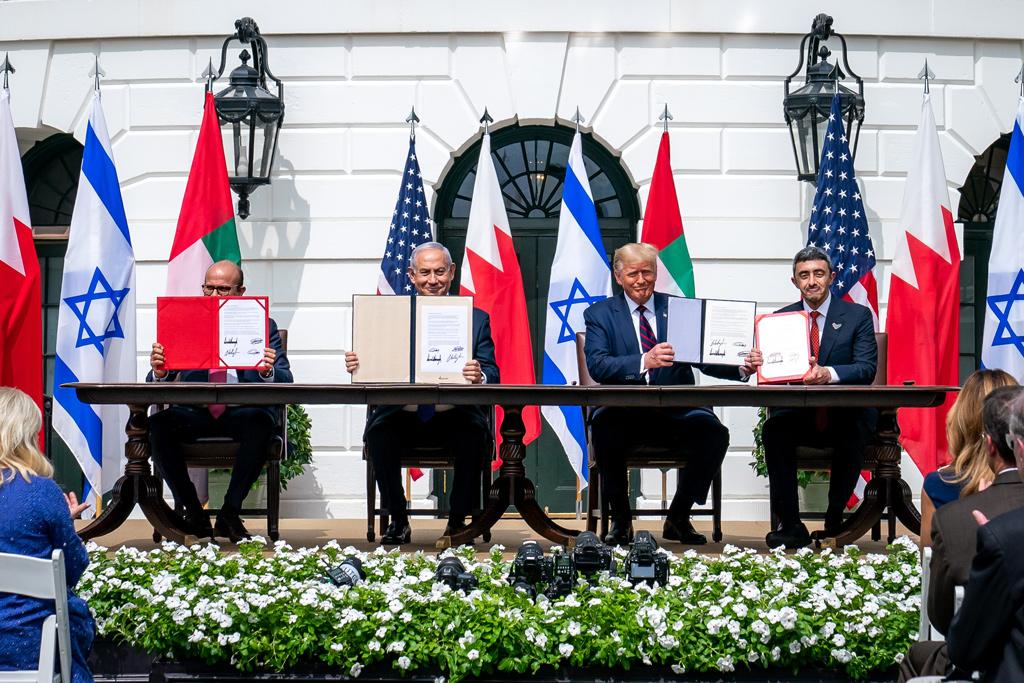 İsrail'in BAE ve Bahreyn ile İmzaladığı Antlaşmaların Bölgenin Geleceğine Etkileri