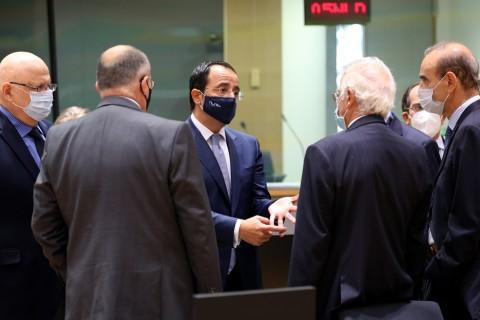 21 Eylül 2020 | AB Dış İlişkiler Konseyi, Doğu Akdeniz'i de içeren konuları görüşmek üzere Brüksel'de toplandı . Toplantıya Güney Kıbrıs Rum Yönetimi Dışişleri Bakanı Nikos Hristodoulidis (ortada) Avrupa Birliği Dışilişkiler ve Güvenlik Politikaları Yüksek Temsilcisi Josep Borrell (sağdan 2) de katıldı.