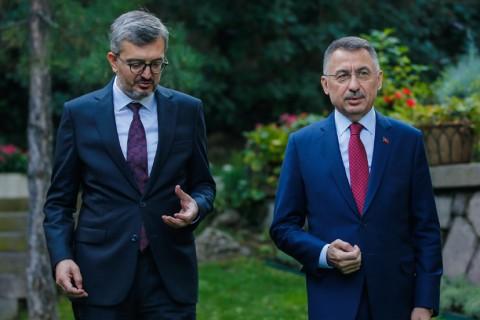 SETA Genel Koordinatörü Burhanettin Duran, Cumhurbaşkanı Yardımcısı Fuat Oktay Türkiye'nin içinden geçtiği süreçte krizlere karşı yaklaşımını ve gelecek perspektiflerini konuştu. Oktay, Türkiye'nin Azerbaycan'a desteğinin tam olduğunu ve Ermenistan'ın Dağlık Karabağ'daki işgalinin bitmesi gerektiğini söyledi.