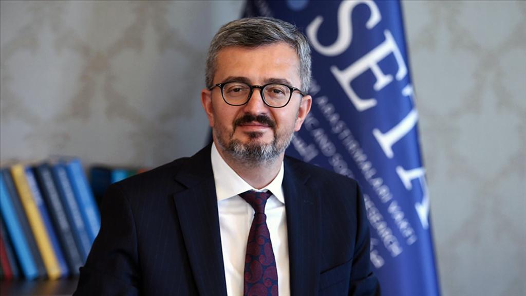SETA Genel Koordinatörü Duran: 2021'in Yeni Rekabetlere, Fırsat Alanlarına Açık Olacağını Düşünüyorum