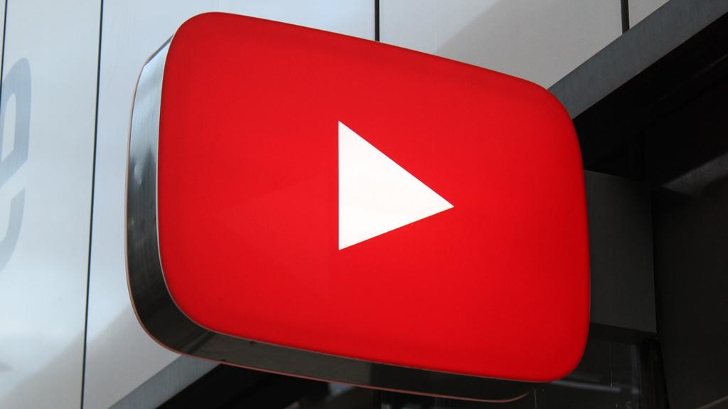 Youtube Örneği ve Dijital Alanların Regülasyonu