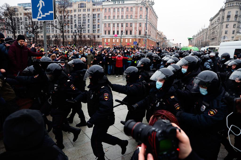 Perspektif: Navalni'nin Tutuklanması ve Rusya'daki Gösteriler