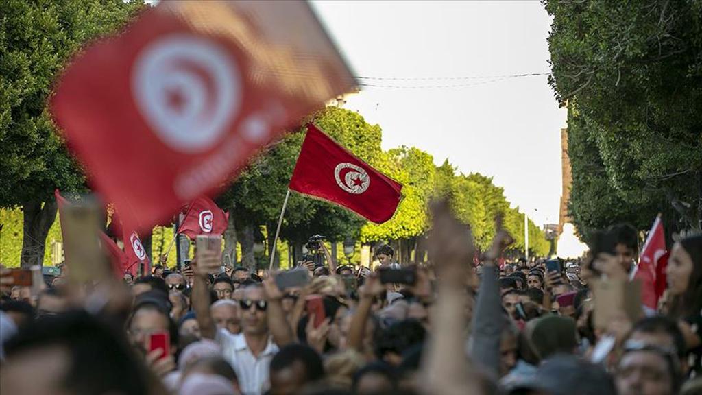 Arap Baharı: Zulüm Sonsuza Kadar Süremez