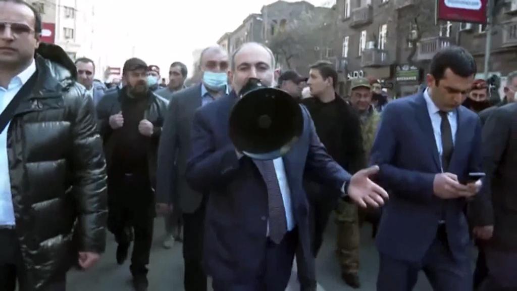 Ermenistan'da Sürpriz Olmayan Gelişmeler