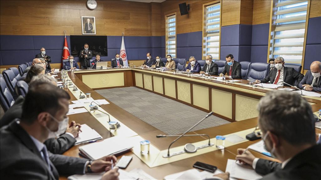 TBMM'de Kurulan Avrupa'da Yükselen Irkçılık ve İslamofobi İnceleme Alt Komisyonu Toplandı