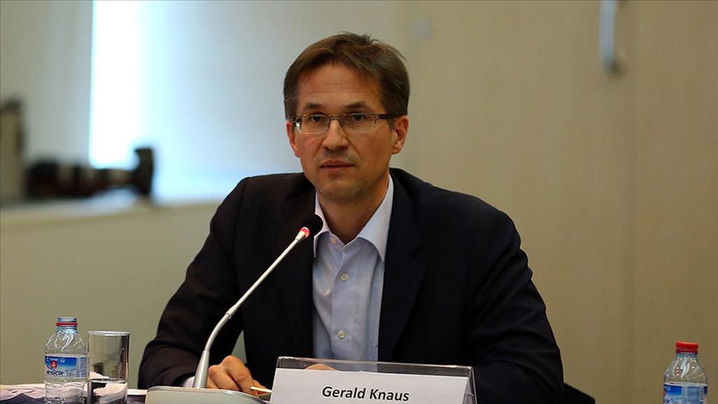 Avrupa İstikrar İnisiyatifi Başkanı Knaus: Türkiye-AB Göçmen Mutabakatını Acil Olarak Canlandırmamız Gerek