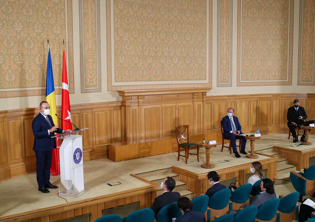 Dışişleri Bakanı Çavuşoğlu: Tarihsel Olarak Romanya, Türkiye'nin Dış Politikasında Her Zaman Önemli Bir Yere Sahip Oldu