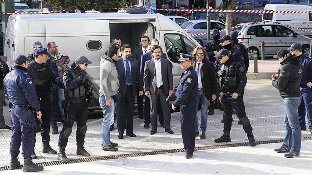 Türkiye'de Siyasetin Darbelerle İmtihanı Bitmiyor