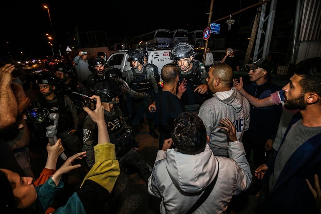 Filistin Gençleri Kudüs'ün 'İkinci Endülüs' Olmayacağını Haykırdı
