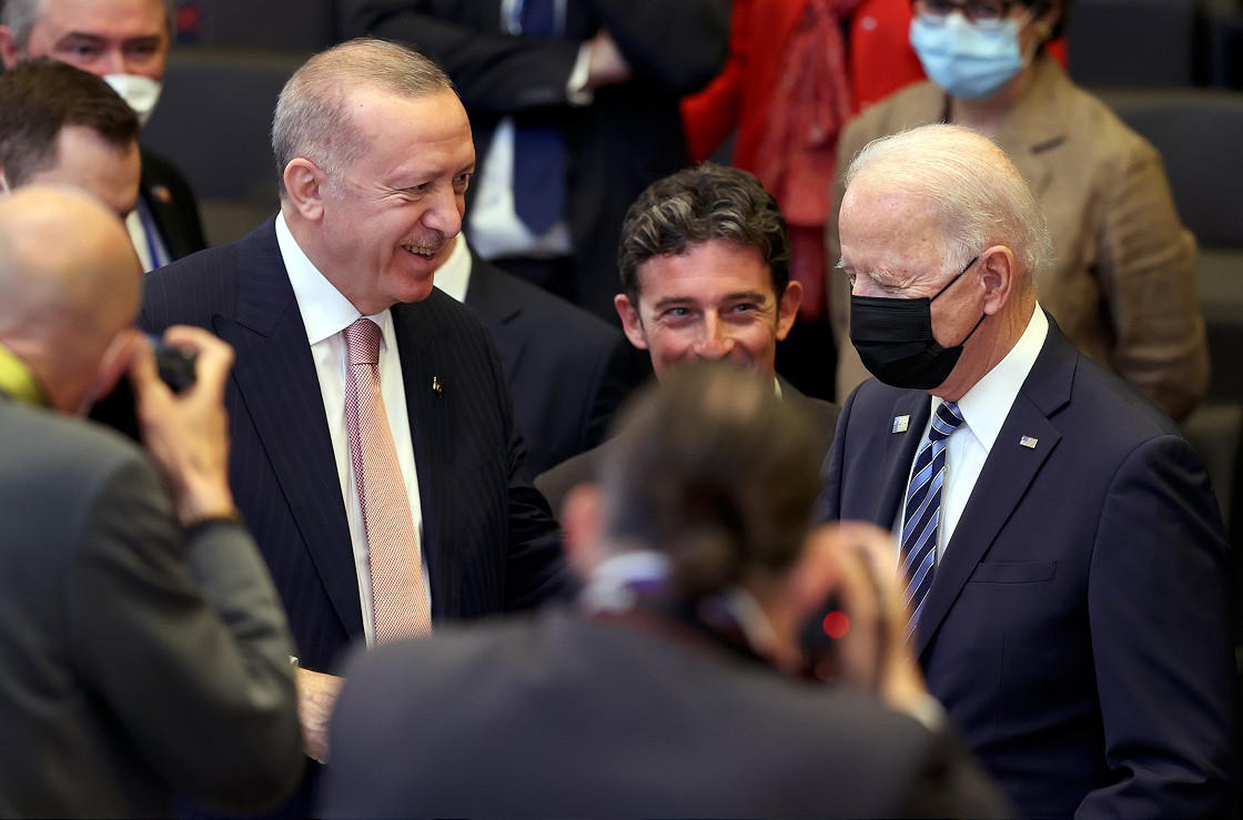 F-16 Teklifi ve Roma Görüşmesi Öncesi Türk-Amerikan İlişkileri