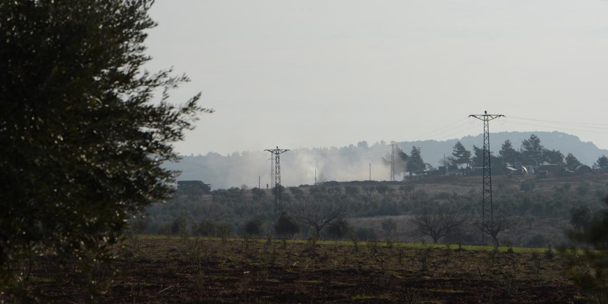 Türk Silahlı Kuvvetleri (TSK) unsurları, Halep'e bağlı Azez ilçesinde bölücü terör örgütü PYD/PKK hedeflerini Fırtına obüsleriyle ateş altına aldı. ( İzzet Mazi - Anadolu Ajansı )