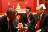 Cumhurbaşkanı Recep Tayyip Erdoğan, Washington'daki ikili temasları kapsamında ABD Başkanı Barack Obama ile bir araya geldi. Beyaz Saray'daki ikili görüşme yaklaşık 50 dakika sürdü. ( Kayhan Özer - Anadolu Ajansı )