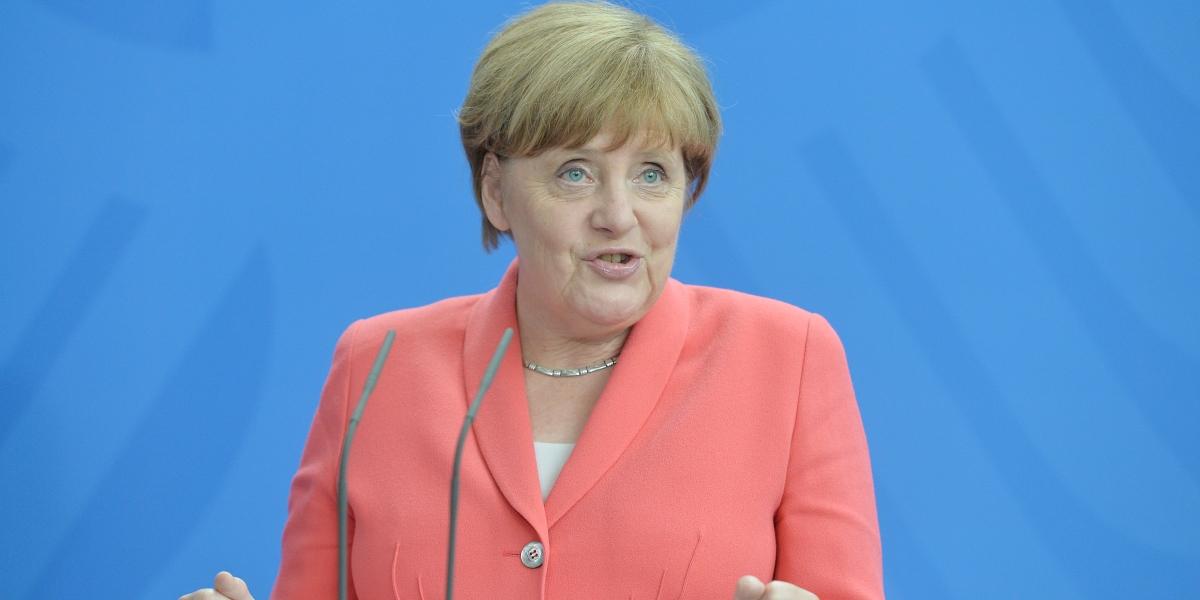 Almanya Başbakanı Angela Merkel ve NATO Genel Sekreteri Jens Stoltenberg başbakanlıkta yaptıkları görüşmenin ardından ortak basın toplantısı düzenledi. ( Maurizio Gambarini - Anadolu Ajansı )