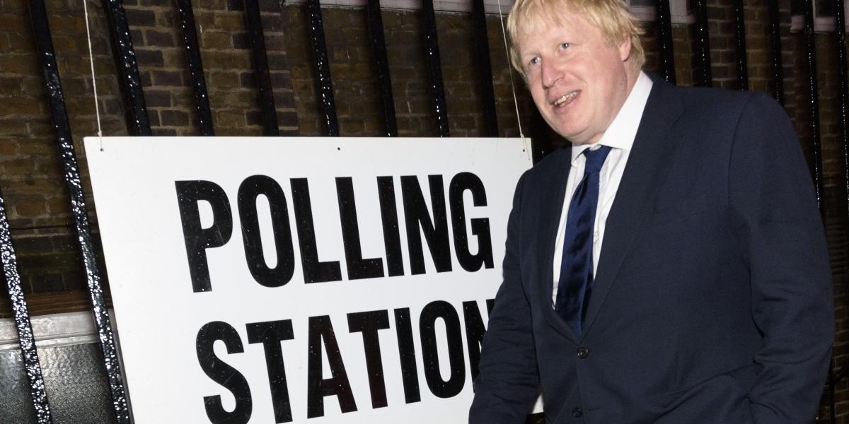 Birleşik Krallık'ın Avrupa Birliği'nden (AB) çıkıp çıkmamasını belirleyecek referandumda  eski Londra Belediye Başkanı Boris Johnson (fotoğrafta) Londra'da oy kullandı. İngiltere, Galler, İskoçya ve Kuzey İrlanda'dan oluşan Birleşik Krallık'ın AB üyeliğinin oylandığı referandumda, oy verme işlemi yerel saatle 07.00'de (TSİ 09.00) başladı. Sandıkların saat 22.00'de (TSİ 00.00) kapanacağı referandumda, sonucun cuma sabahı netleşmesi bekleniyor. ( Ray Tang - Anadolu Ajansı )