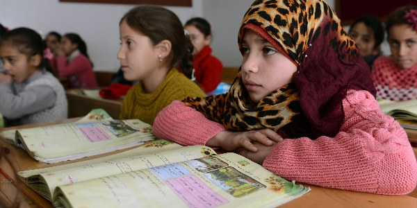 """""""EU Fund for Syrians in Turkey Not Even Enough for Their Education Needs"""""""