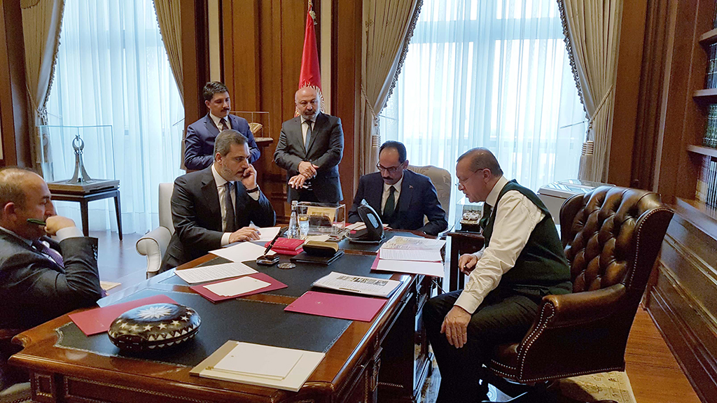 President Erdoğan, accompanied by Foreign Minister Çavuşoğlu, presidential spokesman Kalın and MİT Chief Fidan, holds a phone call with U.S. President Trump, Presidential Complex, Ankara, Nov. 24.