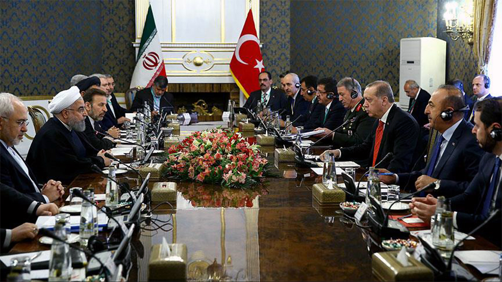 Efforts to equate Turkey with Iran behind smokescreen of neo-Ottomanism